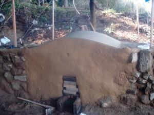 白炭、日窯の伊豆炭窯の完成