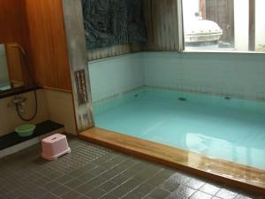 弓ヶ浜温泉で一押しの温泉は源泉掛け流しの「みなと湯」