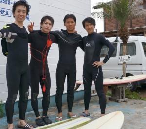 伊豆の弓ヶ浜でサーフィン(ロングボード)