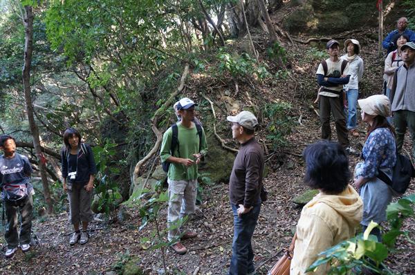 第1回南伊豆ジオパーク研究会、加納の石丁場を探検