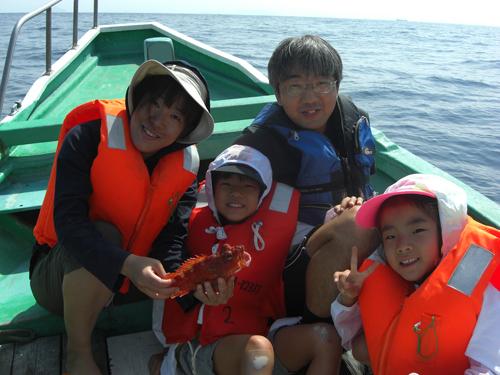 家族全員で釣ったカサゴの味は子供にとって生涯の思い出になるはずです。