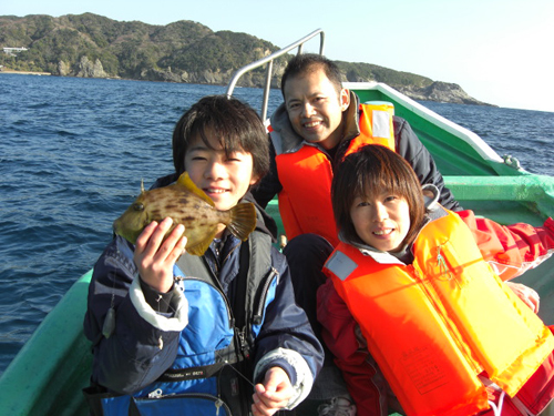 冬場はカワハギ釣りもやります。