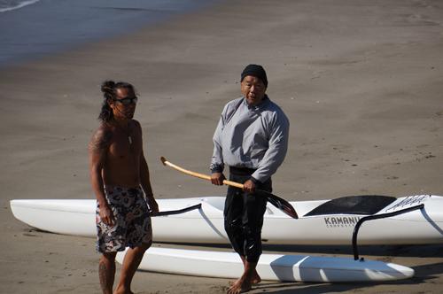 Duekさんと塩島さん、この二人の海のレジェンドが弓ヶ浜に一緒に立った時から何かが胎動した。