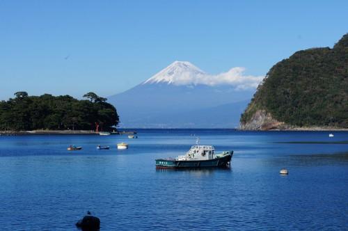 戸田湾からは見事な富士山が見えます。