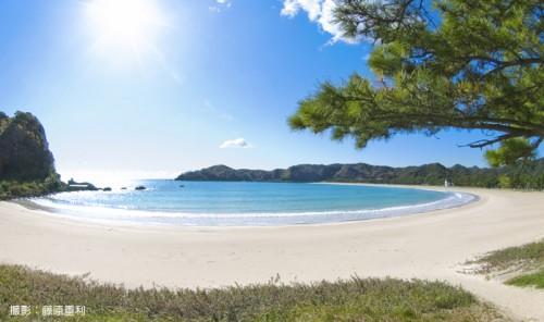 白砂青松1kmビーチの弓ヶ浜