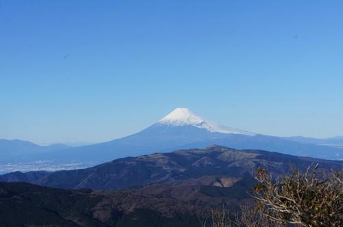 くっきり富士山をバックに