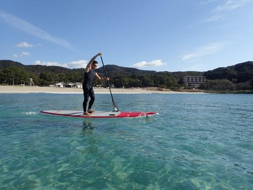 弓ヶ浜は夏の海水浴シーズンでもサップ可能です