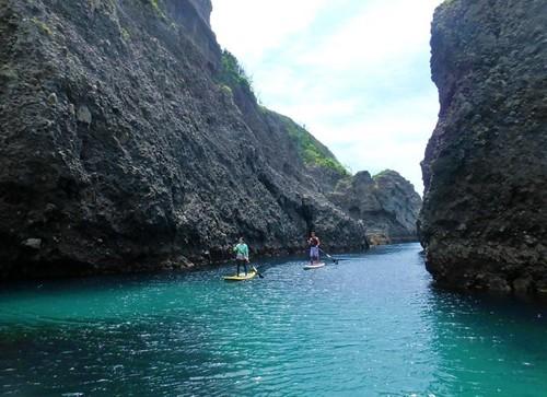 弓ヶ浜から2km沖のタライ岬(荒神)ツアー