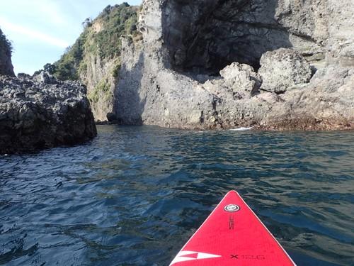 海の伊豆ジオパークをサップで漕ぐ