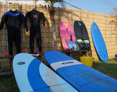 サーフボードやウェットのレンタル