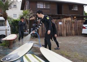 弓ヶ浜でサーフィン(ロングボード)