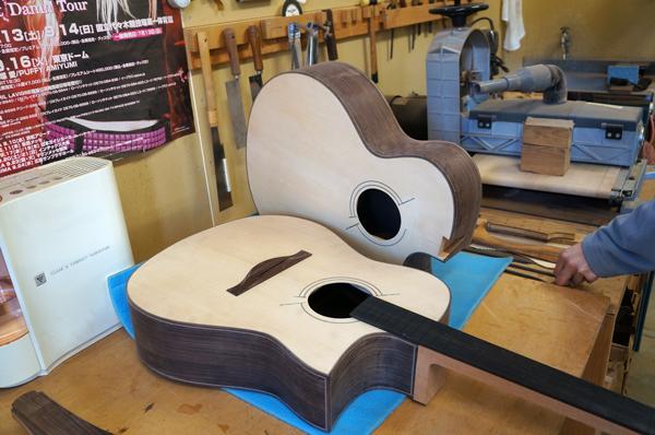 南伊豆のギター&ウクレレ工房を見学、ヴォイジャーギターズ