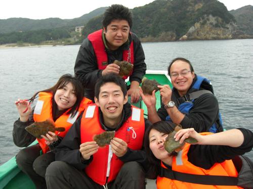 カワハギ釣り、貸切の船釣りで乗船1人~5人までOK。