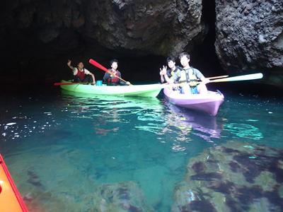 弓ヶ浜シーカヤックツアー、2~15人くらいまで参加できる。