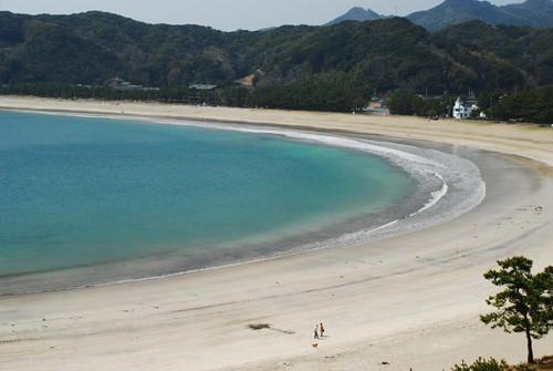伊豆半島最南端の海水浴場の弓ヶ浜